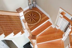 #10 Staircase Landing